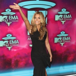 Sylvie van der Vaart in 20th MTV Europe Music Awards - Arrivals