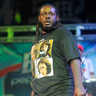 T-Pain in B96 Pepsi SummerBash 2011