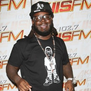 T-Pain in 102.7 KIIS-FM Host Gifting Lounge in Honor of The 13th Annual Fox Teen Choice Awards