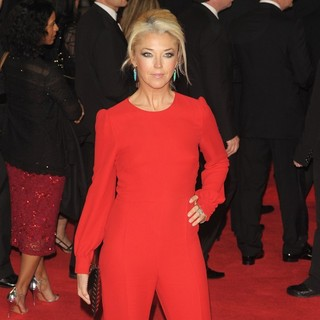 Tamara Beckwith in World Premiere of Skyfall - Arrivals