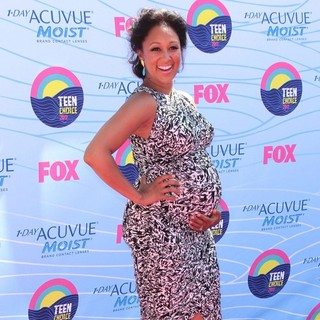 Tamera Mowry in The 2012 Teen Choice Awards - Arrivals