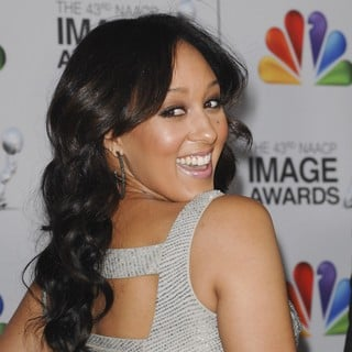 Tamera Mowry in The 43rd Annual NAACP Awards - Arrivals