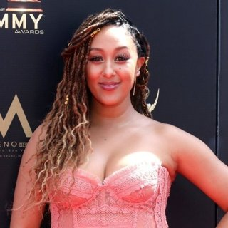 Tamera Mowry in 46th Annual Daytime Emmy Awards - Arrivals