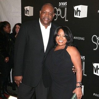 Jeff Tarpley, Sherri Shepherd in The VH1 Divas Celebrates Soul - Arrivals