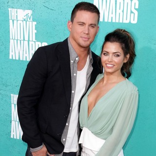 Channing Tatum, Jenna Dewan in 2012 MTV Movie Awards - Arrivals