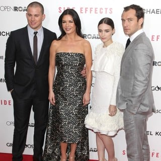 Jude Law in New York Premiere of Side Effects - tatum-jones-mara-law-premiere-side-effects-02