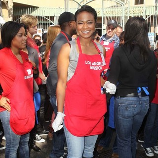 Tatyana Ali in The Los Angeles Mission's Thanksgiving for Skid Row Homeless