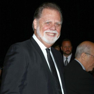 Taylor Hackford in 24th Annual Palm Springs International Film Festival Awards Gala - Red Carpet