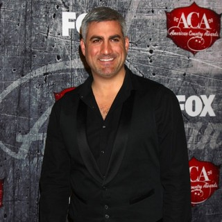 Taylor Hicks in 2012 American Country Awards - Arrivals