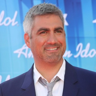 Taylor Hicks in American Idol Season 11 Grand Finale Show - Arrivals