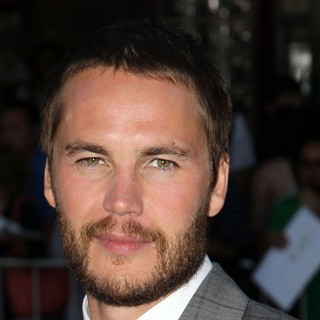 Taylor Kitsch in The Premiere of Savages