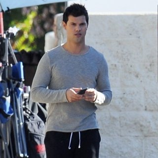 Taylor Lautner-On Set Filming Scream Queens