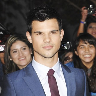 Taylor Lautner in The Twilight Saga's Breaking Dawn Part I World Premiere