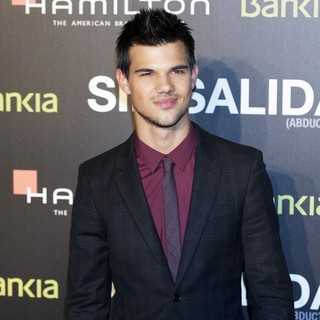 Taylor Lautner in The Spanish Premiere of Film Abduction (Sin Salida)