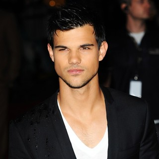 Taylor Lautner in Abduction - UK Film Premiere - Arrivals