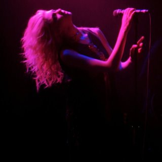Taylor Momsen Performs with Her Band The Pretty Reckless - taylor-momsen-performs-19