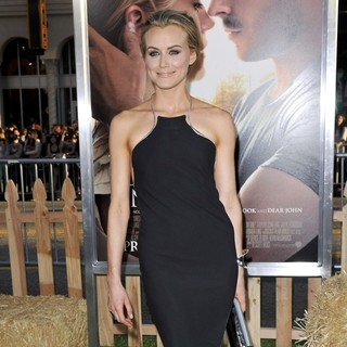 Taylor Schilling in The Premiere of The Lucky One