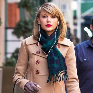 Taylor Swift - Taylor Swift Seen After Shopping at The Steven Alan Store