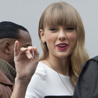 Taylor Swift in Taylor Swift Arrives at The NRJ Studios