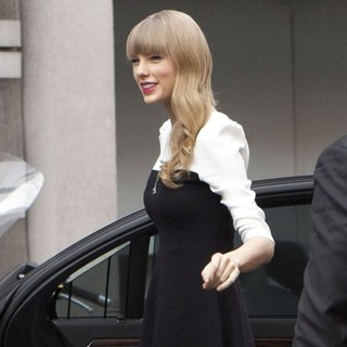 Taylor Swift Arrives at The NRJ Studios