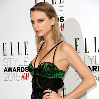 Taylor Swift - ELLE Style Awards 2015 - Arrivals