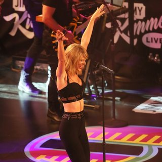 Taylor Swift - Taylor Swift Performs Live as Part of The Jimmy Kimmel Live! Show