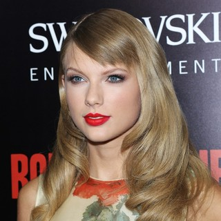 Taylor Swift in Premiere of Relativity Media's Romeo and Juliet