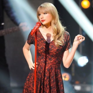 Taylor Swift in Taylor Swift on Scandinavian Primetime Talkshow Skavlan Filmed