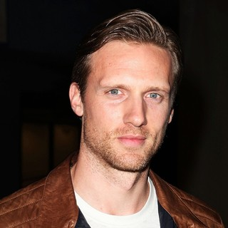 Teddy Sears in Premiere of FX's American Horror Story