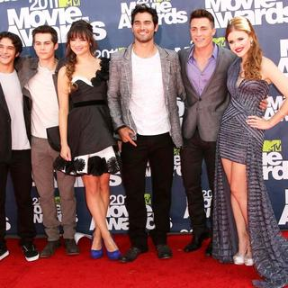 Tyler Posey, Dylan O'Brien, Crystal Reed, Tyler Hoechlin, Colton Haynes, Holland Roden in 2011 MTV Movie Awards - Arrivals