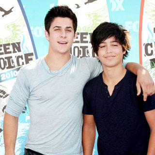 David Henrie in The 12th Annual Teen Choice Awards 2010