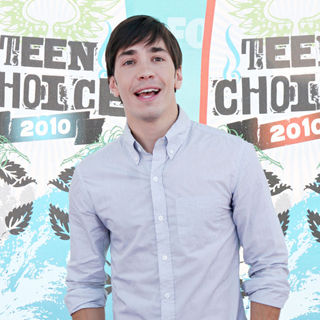 Justin Long in The 12th Annual Teen Choice Awards 2010