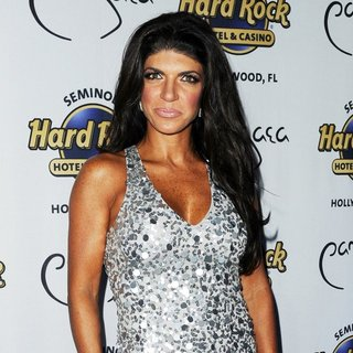 Teresa Giudice - Teresa Giudice to Host Absolutely Fabulous Event