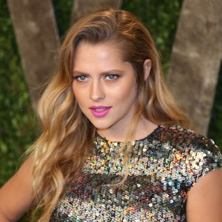 Teresa Palmer in 2013 Vanity Fair Oscar Party - Arrivals - teresa-palmer-2013-vanity-fair-oscar-party-01