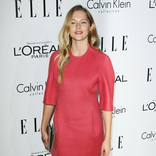 Teresa Palmer in ELLE's 19th Annual Women in Hollywood Celebration - Arrivals