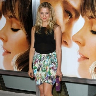 The Vow Los Angeles Premiere - teresa-palmer-premiere-the-vow-05