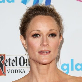 Teri Polo in 25th Annual GLAAD Media Awards - teri-polo-25th-annual-glaad-media-awards-01