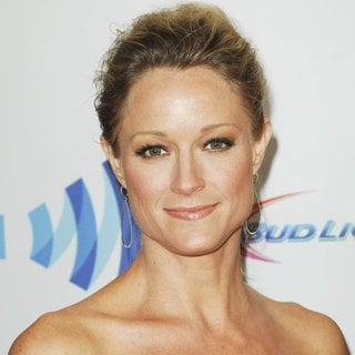 Teri Polo in 25th Annual GLAAD Media Awards - teri-polo-25th-annual-glaad-media-awards-02