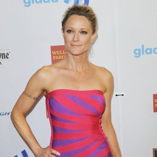 Teri Polo in 25th Annual GLAAD Media Awards - teri-polo-25th-annual-glaad-media-awards-03
