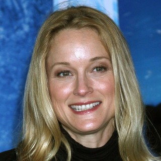 Teri Polo in Film Premiere Frozen - teri-polo-premiere-frozen-01