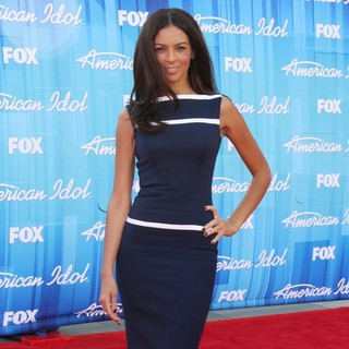 Terri Seymour in American Idol Season 11 Grand Finale Show - Arrivals