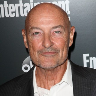 Terry O'Quinn in Entertainment Weekly and ABC TV Celebrate The New York Upfronts with A VIP Cocktail Party - Arrivals - terry-o-quinn-entertainment-weekly-and-abc-tv-celebrate-new-york-upfronts-01