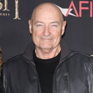 Terry O'Quinn in Premiere of The Hobbit: An Unexpected Journey - terry-o-quinn-premiere-the-hobbit-an-unexpected-journey-01