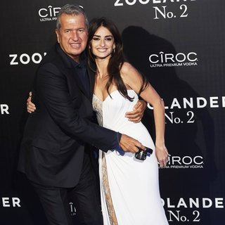 Mario Testino, Penelope Cruz in Zoolander 2 Madrid Screening - Arrivals