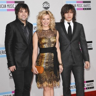 The Band Perry in 2011 American Music Awards - Press Room