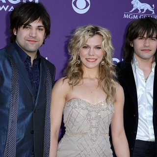 The Band Perry in 2012 ACM Awards - Arrivals