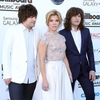 The Band Perry in 2013 Billboard Music Awards - Arrivals