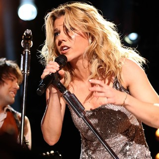 Neil Perry, Kimberly Perry, The Band Perry in The 2013 CMA Music Festival - Day 4