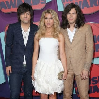 The Band Perry in 2014 CMT Music Awards - Arrivals