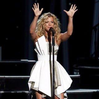 Kimberly Perry, The Band Perry in 47th Annual CMA Awards - Show